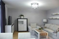 widok na wytworny salon w luksusowym apartamencie do wynajmu w Słupsku