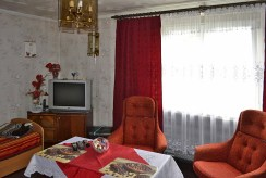 fragment salonu w luksusowej willi do sprzedaży w okolicy Leszna