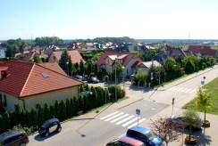 widok na okolicę z okien luksusowego apartamentu w okolicach Legnicy na sprzedaż