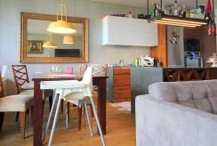 fragment komfortowego wnętrza luksusowego apartamentu do wynajmu w Krakowie