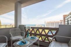 zdjęcie prezentuje widok z luksusowego apartamentu do sprzedaży w Hiszpanii (Estepona, Costa del Sol)