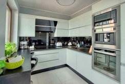 nowoczesna kuchnia w luksusowym apartamencie na sprzedaż Szczecin