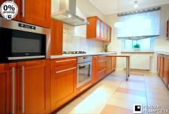umeblowana i urządzona kuchnia w luksusowym apartamencie na sprzedaż Katowice (okolice)
