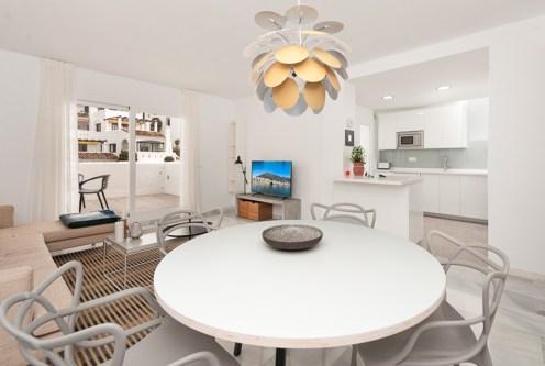 wykończone w najwyższym standardzie wnętrze luksusowego apartamentu do sprzedaży Hiszpania (Costa del Sol, Malaga)