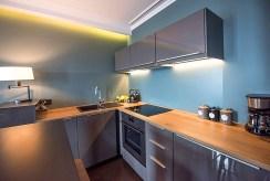 nowoczesna kuchnia w ekskluzywnym apartamencie do wynajmu Kraków