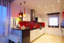 zabudowana kuchnia w luksusowej willi do sprzedaży Legnica (okolice)