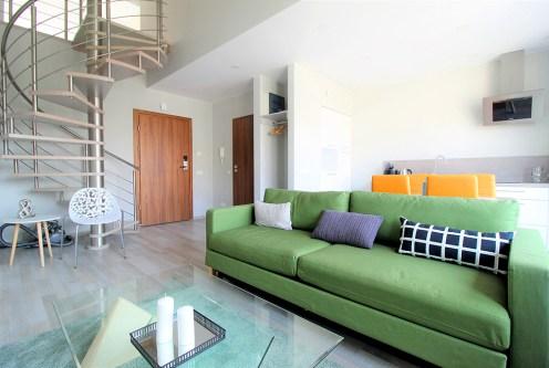 komfortowe, 2-poziomowe wnętrze ekskluzywnego apartamentu do wynajęcia Kraków