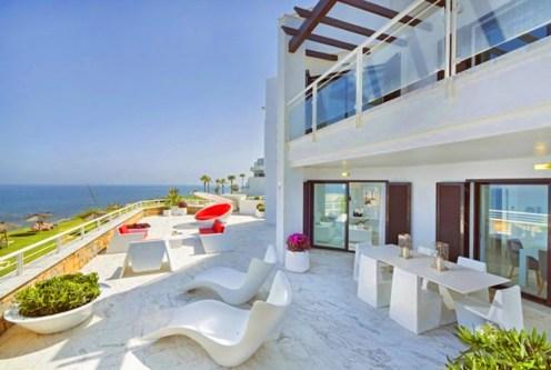 imponujący taras przy ekskluzywnym apartamencie do sprzedaży Hiszpania (Costa del Sol)