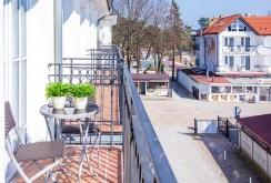 widok z balkonu ekskluzywnego apartamentu do sprzedaży nad morzem