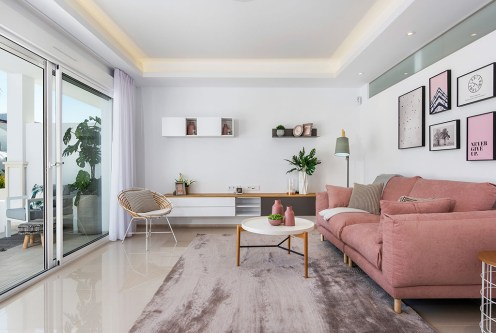 komfortowy salon w ekskluzywnym apartamencie do sprzedaży Ciudad Quesad (Hiszpania)