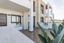 przestronny, ogromny taras przy luksusowym apartamencie na sprzedaż Hiszpania (Torreviej)