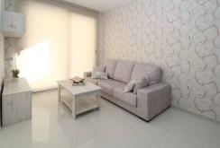 fragment kameralnego salonu w luksusowym apartamencie na sprzedaż Torreviej (Hiszpania)