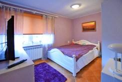 zaciszna sypialnia w luksusowej willi na sprzedaż Suwałki (okolice)