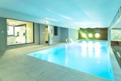 prywatny basen w ekskluzywnej willi na sprzedaż Częstochowa