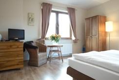 elegancka sypialnia w ekskluzywnej willi do sprzedaży Szczyrk