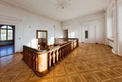 wytworne wnętrze luksusowego pałacu na sprzedaż Wielkopolska