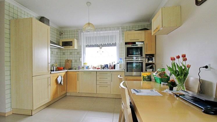 praktycznie zabudowana kuchnia w ekskluzywnej willi na sprzedaż Gorzów Wielkopolski (okolice)