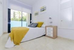 wygodna sypialnia w ekskluzywnym apartamencie na sprzedaż Hiszpania (Costa Blanca, Torrevieja)