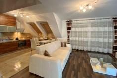 druga strona salonu w luksusowym apartamencie na sprzedaż Szczecin (okolice)