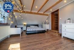 zaciszna sypialnia w luksusowej willi na sprzedaż Bolesławiec