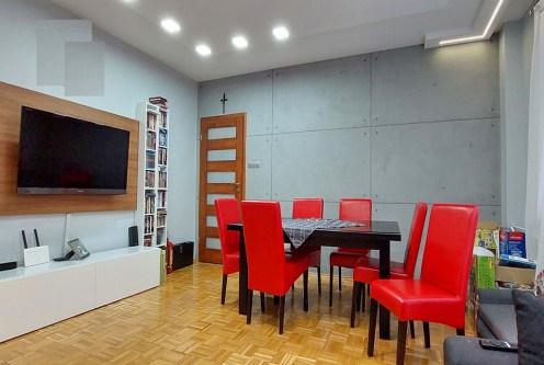 zaprojektowany zgodnie z najnowszymi trendami salon w luksusowym apartamencie na sprzedaż Piotrków Trybunalski