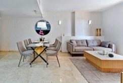 inna strona pokoju dziennego w ekskluzywnym apartamencie na sprzedaż Hiszpania (Punta Prima)