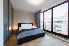 zaciszna sypialnia w luksusowym apartamencie do wynajęcia Wrocław