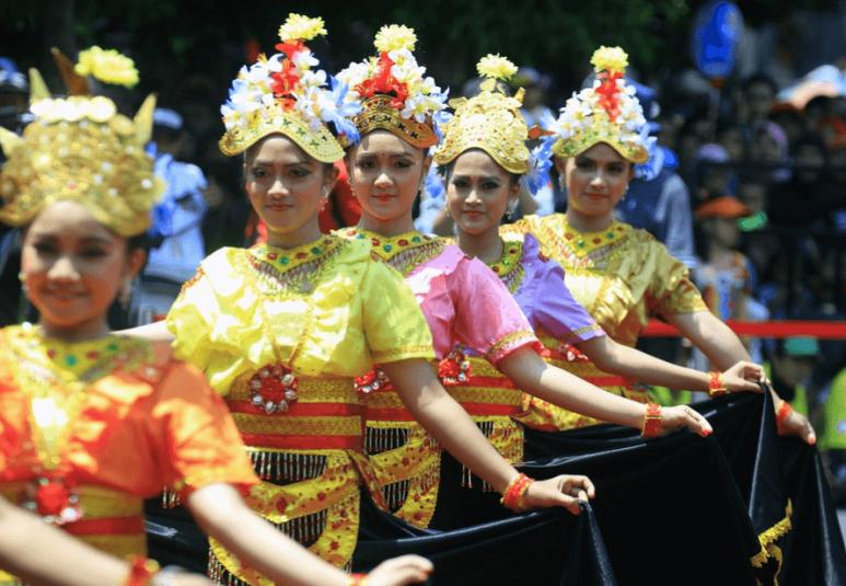 pengertian seni tari di indonesia