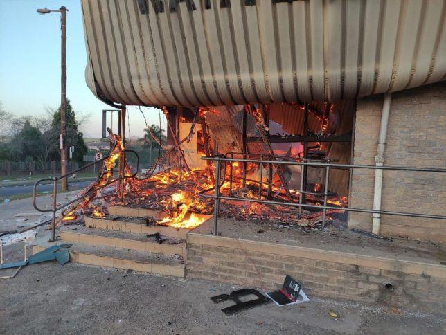 Durban brennt