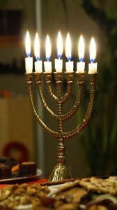 La menorah, le chandelier à 7 branches