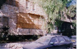 Une soukkah sur un balcon à Jérusalem
