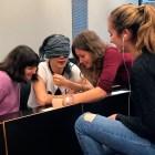 201804_Global-Studies_treball-en-equip_UPF_David-Valls_El-despertador-3