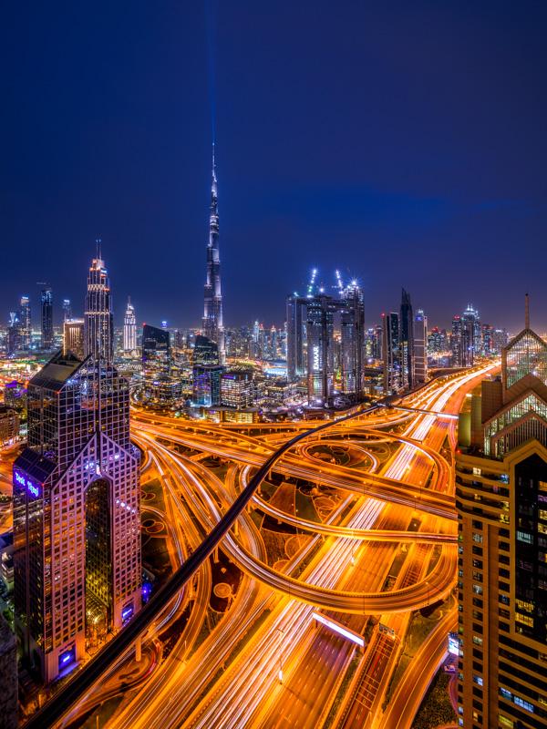 Nummer 2 - Avondfoto met uitzicht op Dubai
