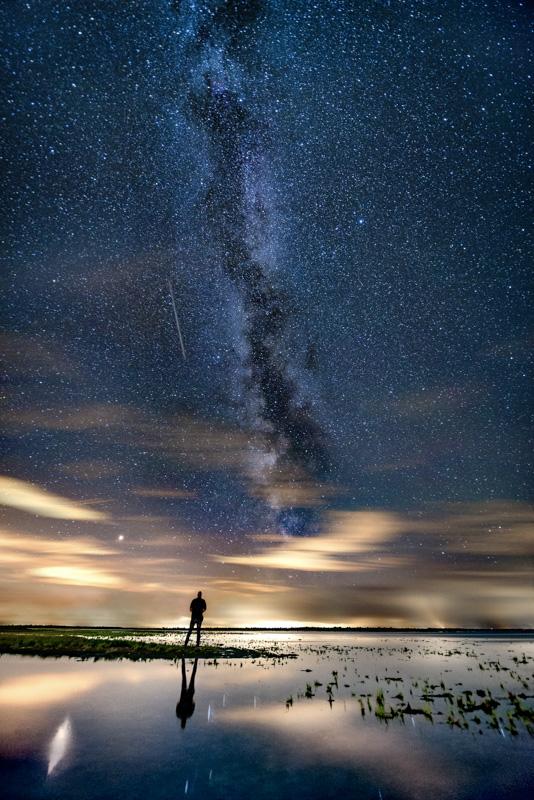 Nummer 5 - Vallende ster en de Melkweg.