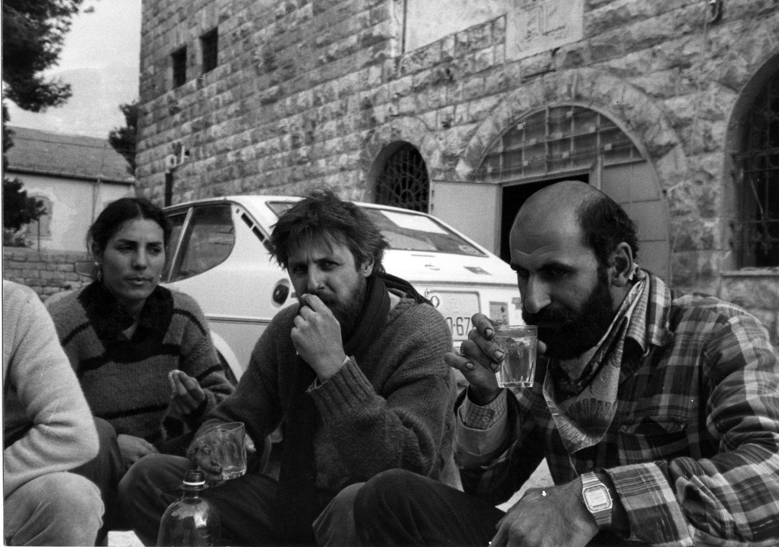 ادوارد معلم - فرانسوا ابو سالم -جاكي لوبيك -استراحة غداء خلال الترميم-1983
