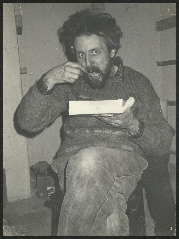 Francois Abu Salem, lunch break