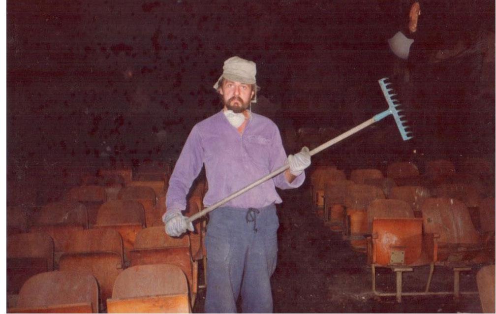 فرانسوا ابو سالم اول يوم عمل في المسرح عام 1983