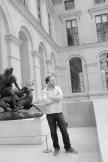 Michael dans le Musée du Louvre