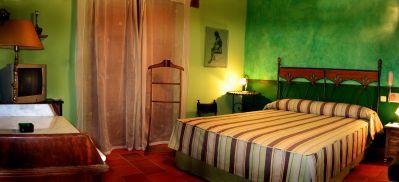 HOTEL H102