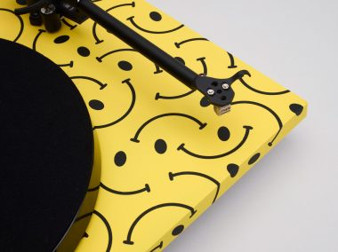 10-unique-turntables-for-Planar-exhibition-_dezeen_2364_col_29-1704x1277