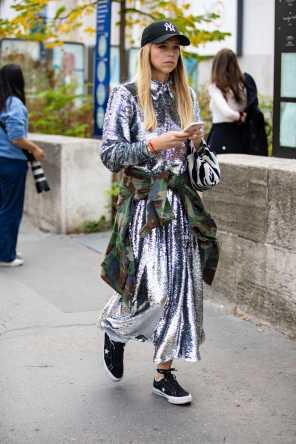 paris-fashion-week-spring-2019-street-style-day-8-20