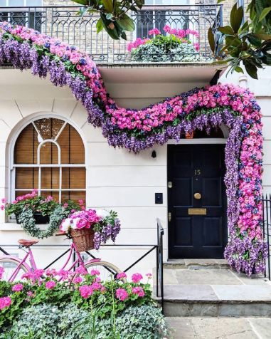 colorful-front-doors-photography-london-bella-foxwell-99-5c36f9bfc1e2e__700