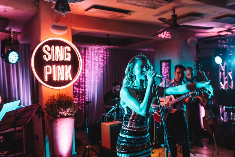 BEEFEATER PINK POOL PARTY_LIVE SWINGING CATS 2 (1)