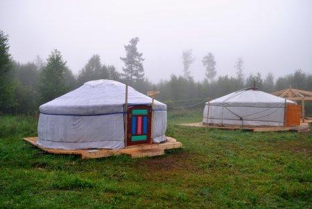 Σύγχρονα yurts