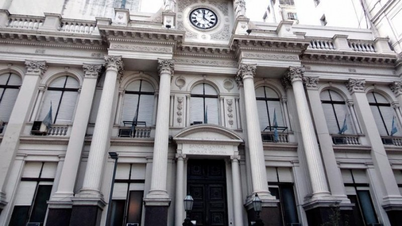 El Banco Central analizará la flexibilización del control de cambios para el sector inmobiliario