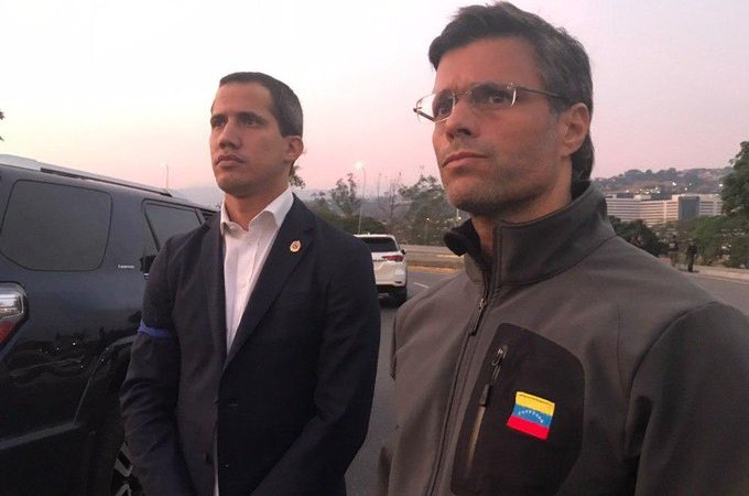 Venezuela: Leopoldo López es liberado por las fuerzas antichavistas