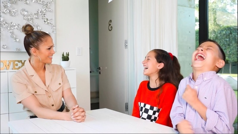 Jennifer López compartió una divertida entrevista que le hicieron sus hijos