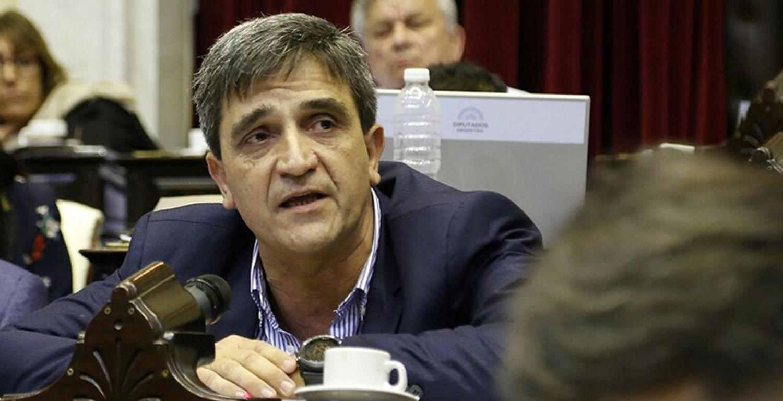 Yedlin a favor de Alberto Fernández