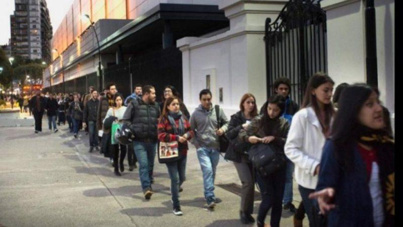 El empleo registrado volvió a caer en mayo