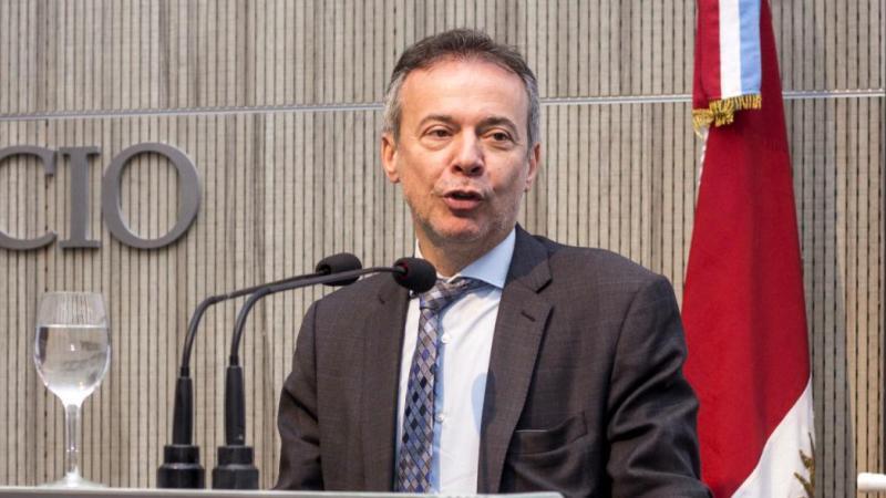Artana: «No hay un problema cambiario en Argentina»
